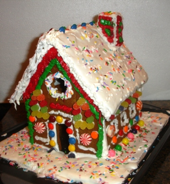 decorate the gingerbread house